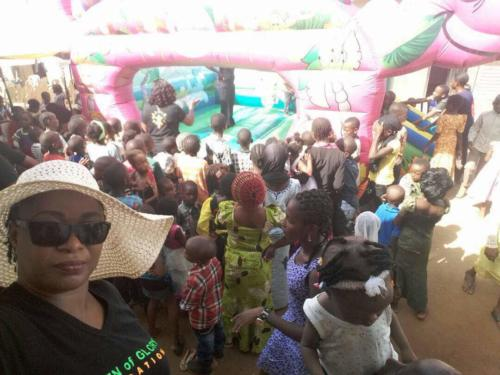 Feeding the 5000 Project in Ketti, Outskirts of Abuja